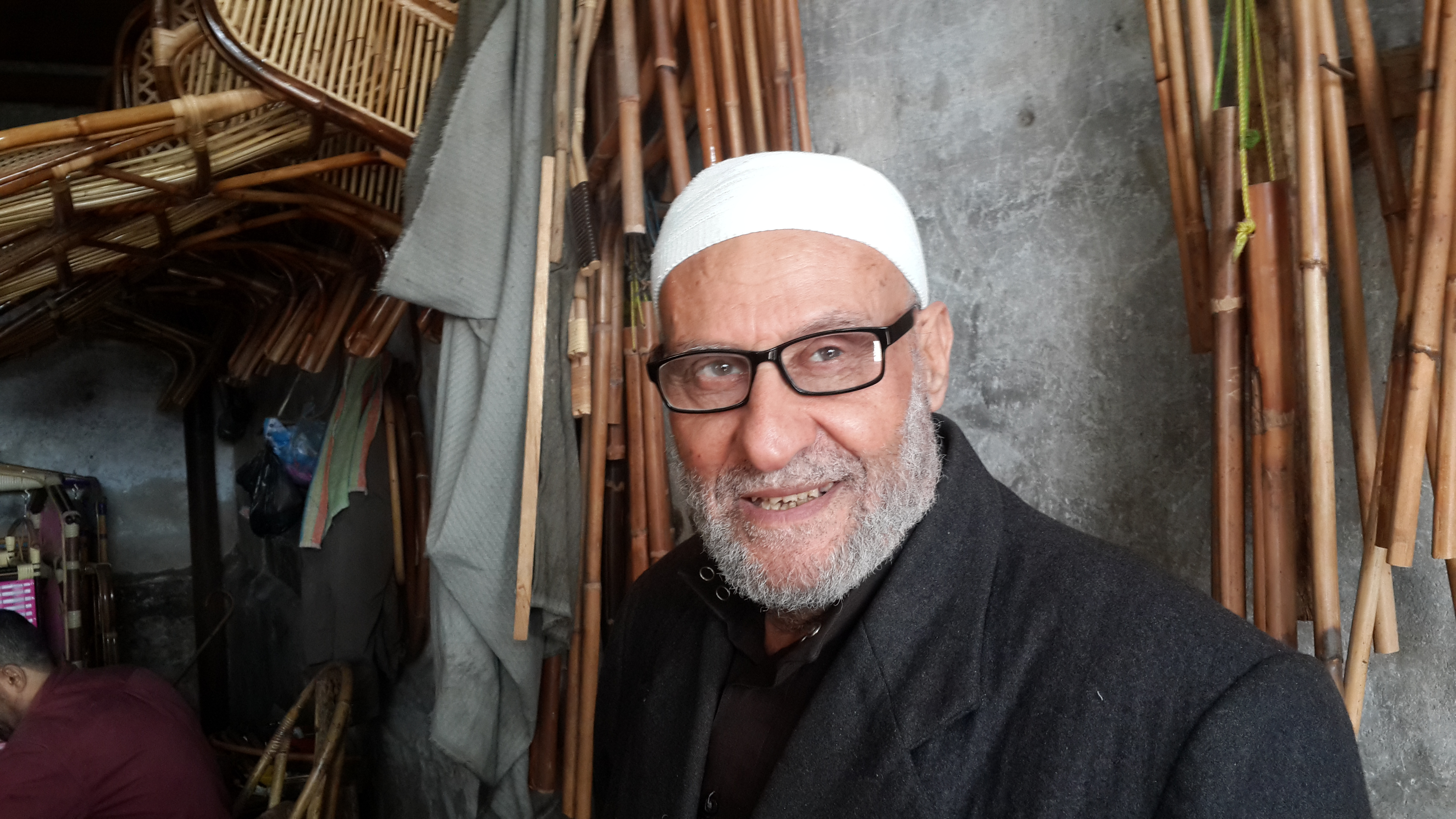 عمر المظلوم صاحب معمل الخيزران