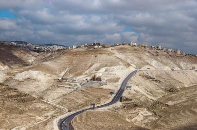 انفوجرافيك | طريق واد النار الجديد: أسرع وأكثر انسيابية