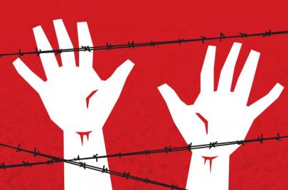 13 أسيرًا يخوضون إضرابات عن الطعام