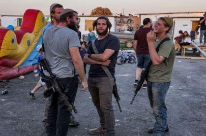 3 إصابات بهجوم للمستوطنين على منازل عوريف