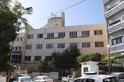 ترتيبات لانتزاع جبل المكبر من شركة كهرباء القدس