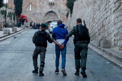 20 معتقلًا من الضفة وغزة