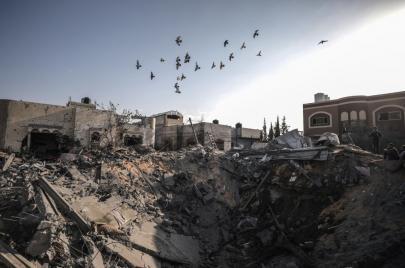 الاحتلال يقصف مواقع للجهاد في غزة