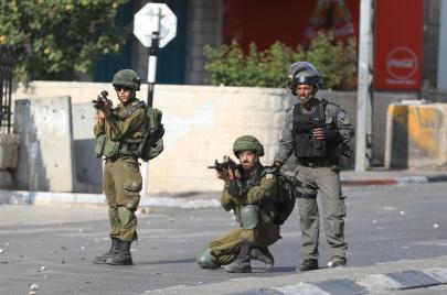 إصابات واعتقالات بقمع متضامنين مع عمارنة في بيت لحم وطولكرم