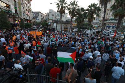 قيادات فلسطينية: تصعيد المقاومة الشعبية هو الردّ على التطبيع