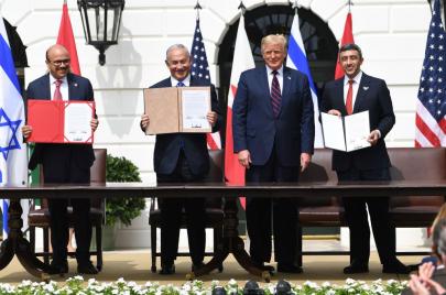 توقيع اتفاق التطبيع في واشنطن.. ترامب: دول أخرى ستنضم لاحقًا