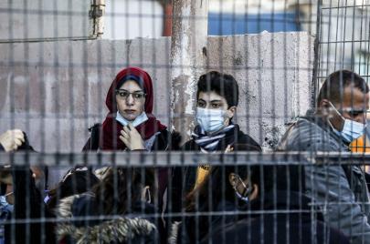 كورونا: 17 وفاة ونحو ألفي إصابة