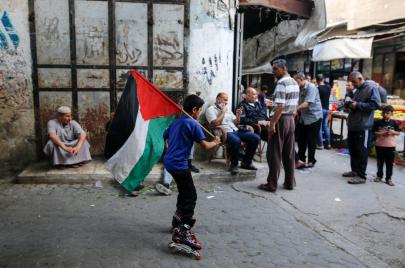 15 حالة وفاة بكورونا في الضفة وغزة