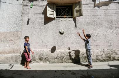 رفض فلسطينيّ لإقامة مباراة بين برشلونة و