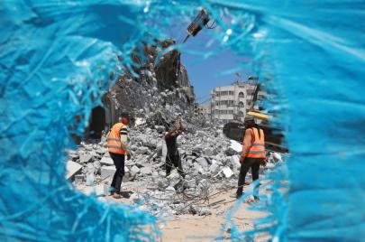 الحصار الإسرائيلي يوقف العمل في 29 مشروعًا بغزة