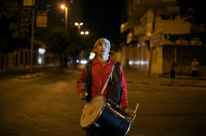 مسحراتية غزة: محاولات للترفيه وتنفيس أوجاع الحصار