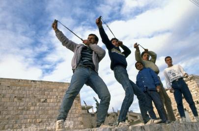 انتفاضة الحجارة: أساطير ونكات لإنهاء كذبة