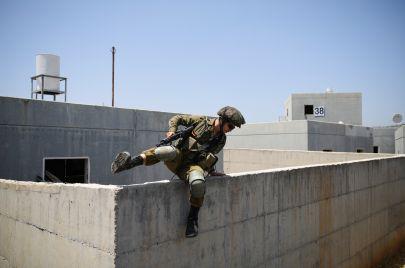 كيف تُلاحق إسرائيل المقاوم جرار؟