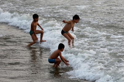 أهل غزة للإسرائيليين: