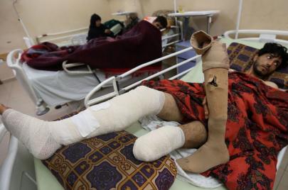ذوو الإعاقة أهداف مباحة لقناصة الاحتلال