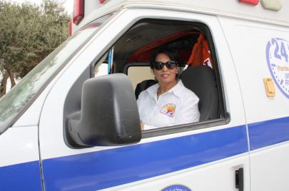 فيديو | باسمة سائقة إسعاف منذ 10 سنوات.. هل نجحت؟